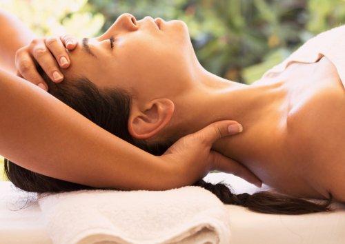 Corsi massaggio vietati a chi non è estetista o fisioterapista.